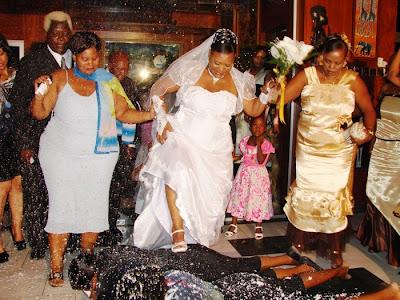Http mbuzimzee blogspot com 2013 04 aibu wimbi la makahaba lazidi