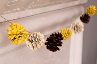 Reciclatex Como hacer guirnaldas decorativas con piñas