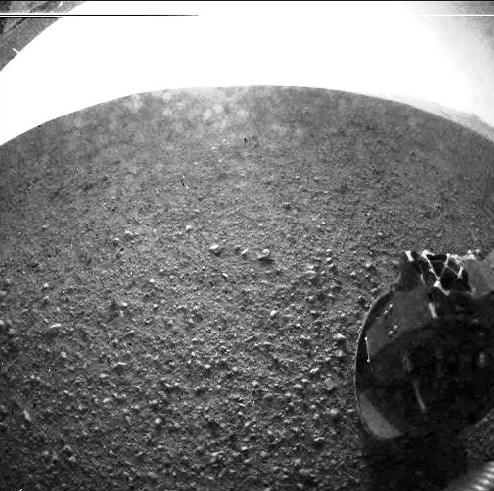 O Jipe-Robô Curiosity pousa com sucesso em Marte