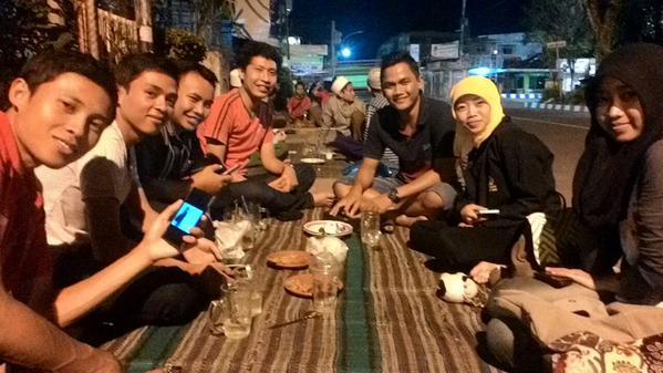 Quality Time Bersama teman-teman Plat-M
