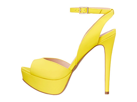 stiletto-shoes