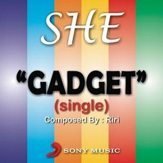 SHE - Gadget