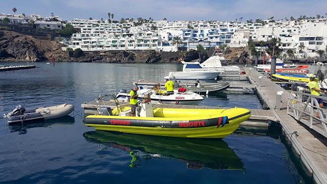 tres personas rescatadas en Yaiza lanzarote al caer al mar