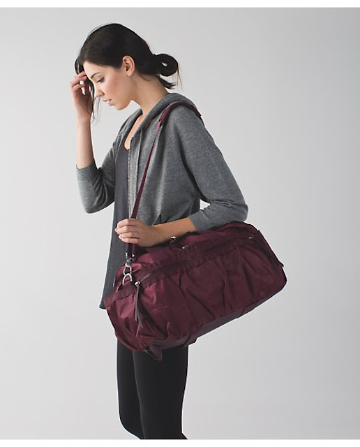 lululemon gym-to-win duffel