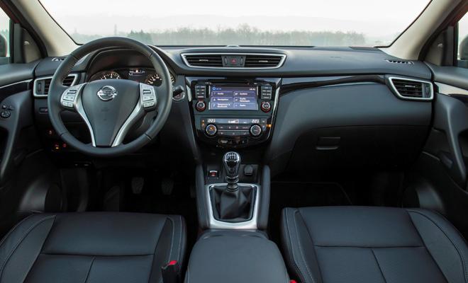 2014 Nissan Qashqai dashboard