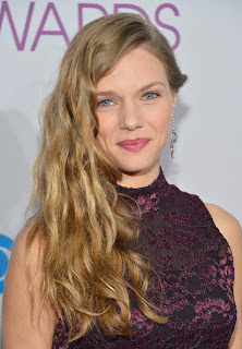 People's Choice Awards, Revolution. Tracy Spiridakos