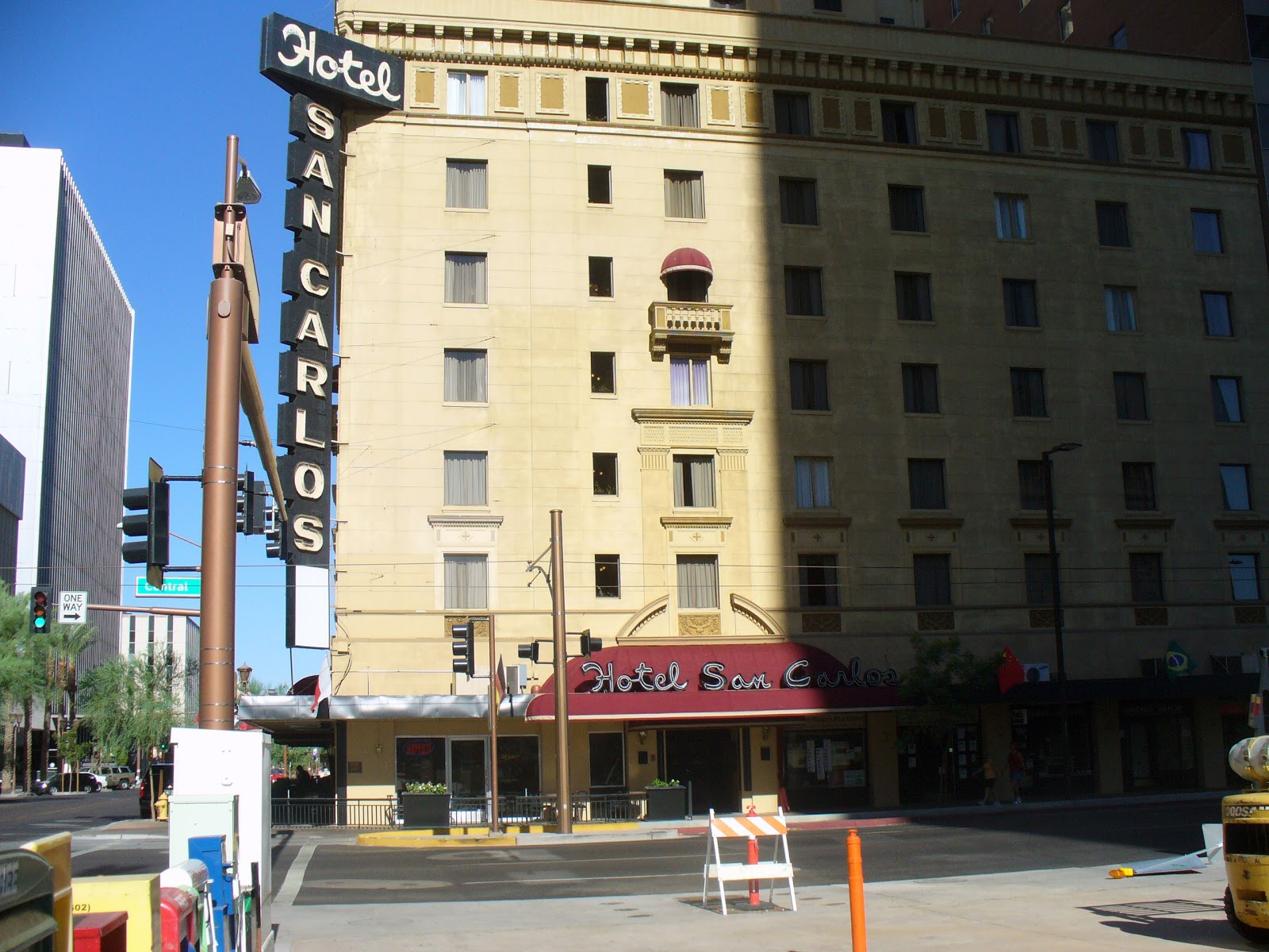 Construction Was Done By 1927 On The Hotel San Carlos In Downtown Phoenix It Had Look And Feel Of An Italian Renaissance Place Hip To