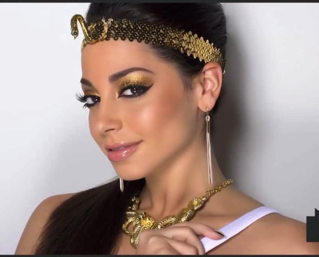 Maquíllarse o caracterizarse como Cleopatra