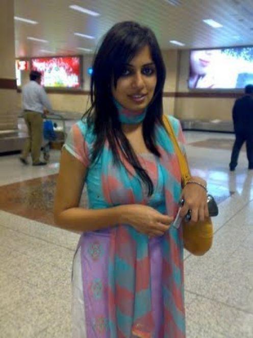 Pakistani hot and sexy girl