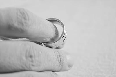 No Casarse es nocivo para los niños