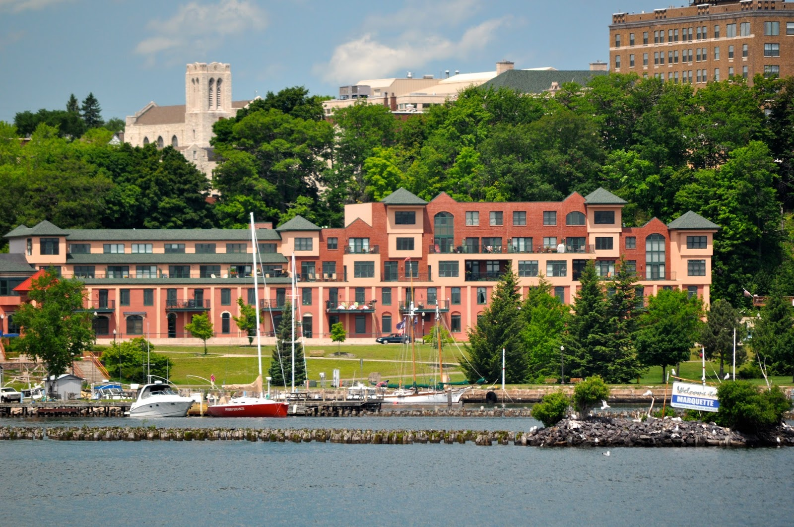 ... we will meet up with them here in marquette marquette light est 1853