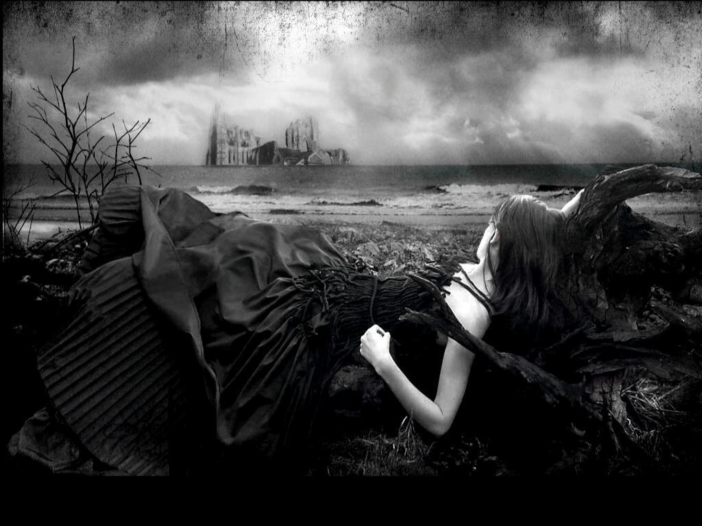 http://4.bp.blogspot.com/-SELnGbNI-Q8/T4hI3RAmhCI/AAAAAAAAANY/X_RckiaDySA/s1600/blogspot.com-large-pictures-gothic-art+wallpaper+woman.jpg