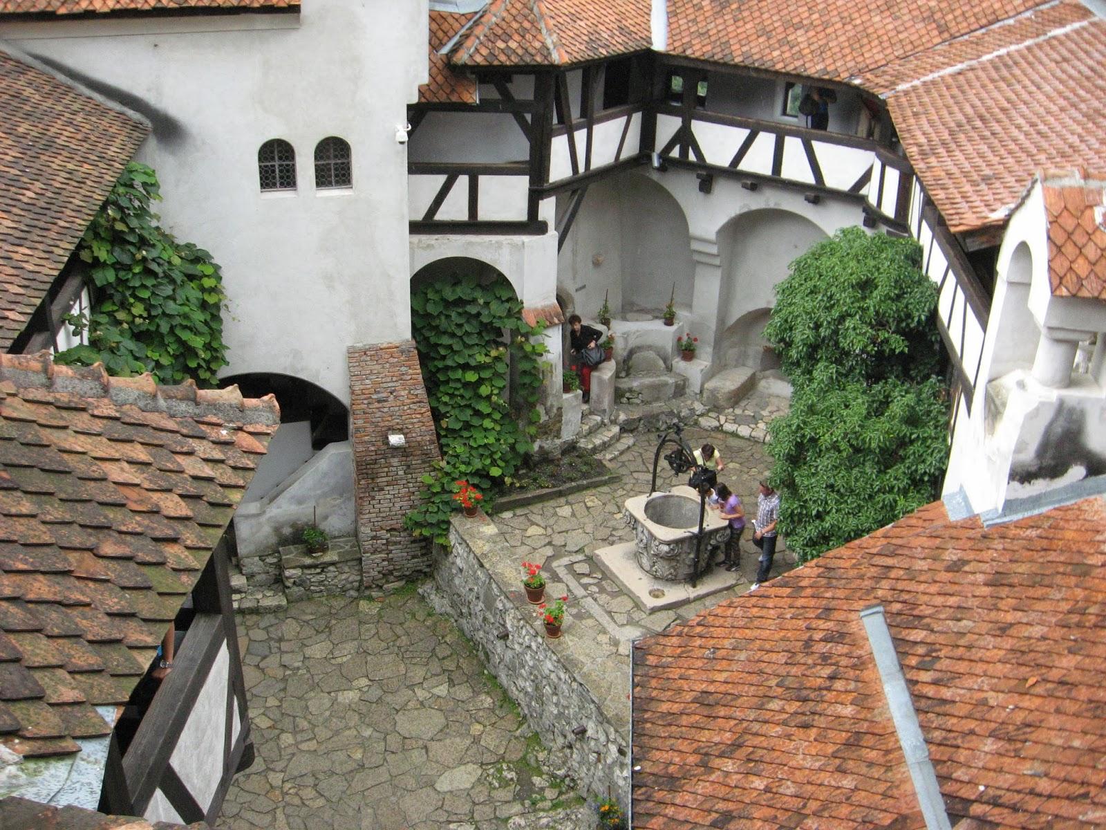 Romtour  Roemeni u00eb Blog  Bran en het kasteel van Dracula