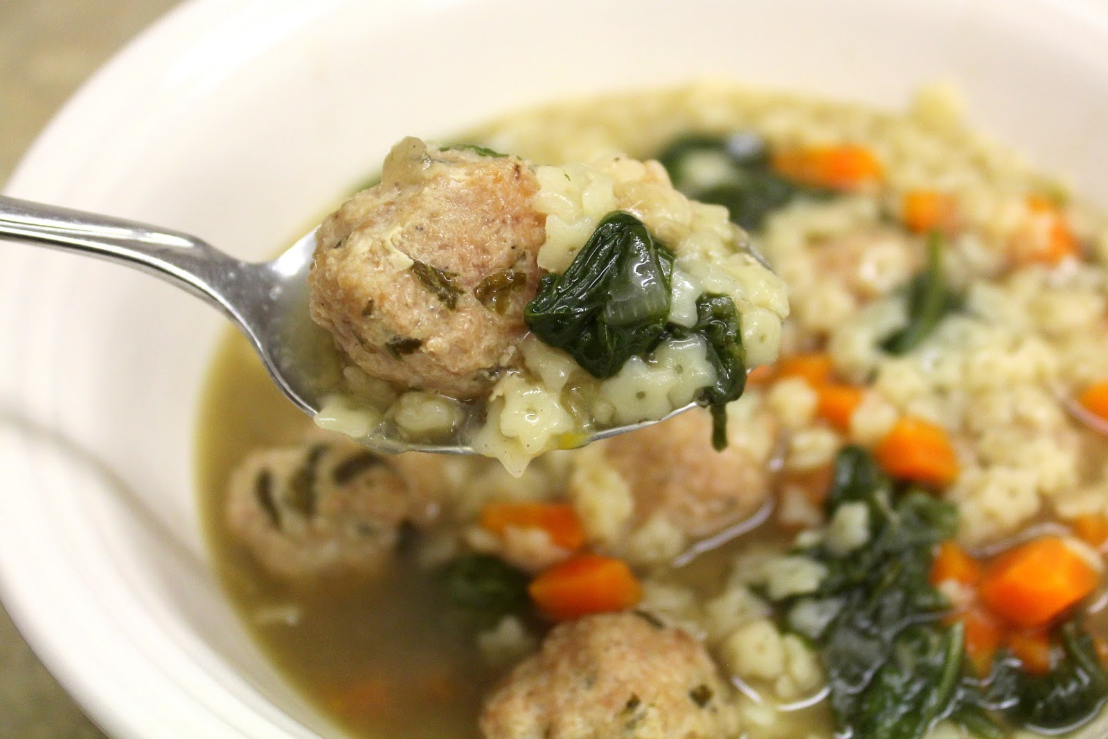 ... Girl Recipes: Crock Pot Italian Wedding Soup with Turkey Meatballs