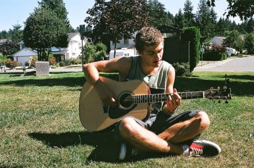 chitara, cantat, pasiune, muzica, compus, cantec