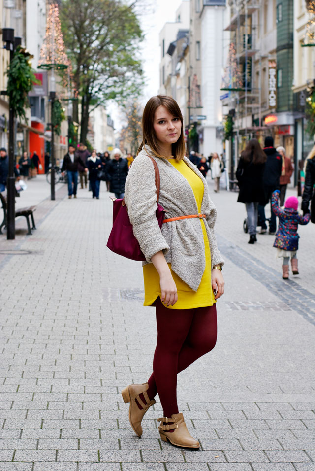 ootd outfit colourful autumn fall red orange yellow