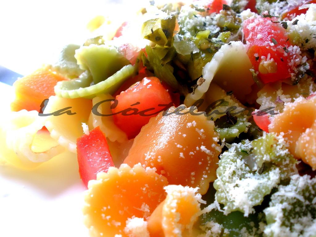 La c ctelhera ensalada de pasta con encurtidos a la parmesana - Encurtido de zanahoria ...