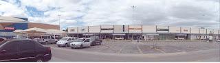 Visão das lojas do Juazeiro Open Mall.