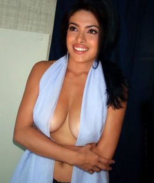 bollywood actress priyanka chopra showing boobs cleavage sexy bikini hot sexy image gallery showing nipple