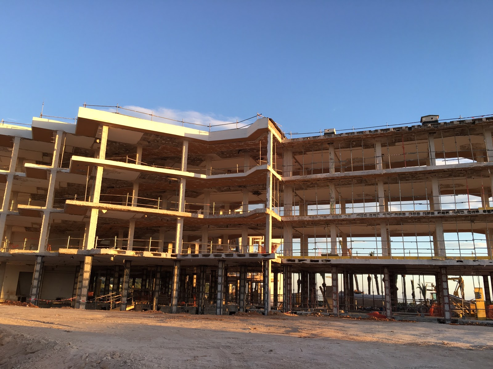 el hotel playa real en obras en talamanca pertenece ahora a puente romano y marbella club tendr tambin estrellas