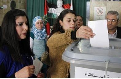 Syria referendum goes ahead amid military onslaught