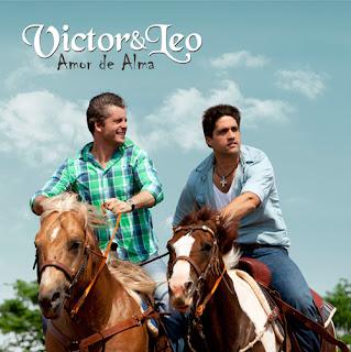 Capa do CD Amor de Alma de Victor e Leo