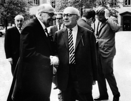 "Adorno e Horkheimer, ""Frankfurter Schule"""
