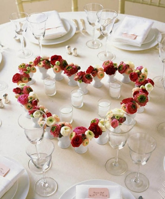 Beautiful Table Centerpieces: Valentine's Day Party Ideas: 11 Unique Table Decoration