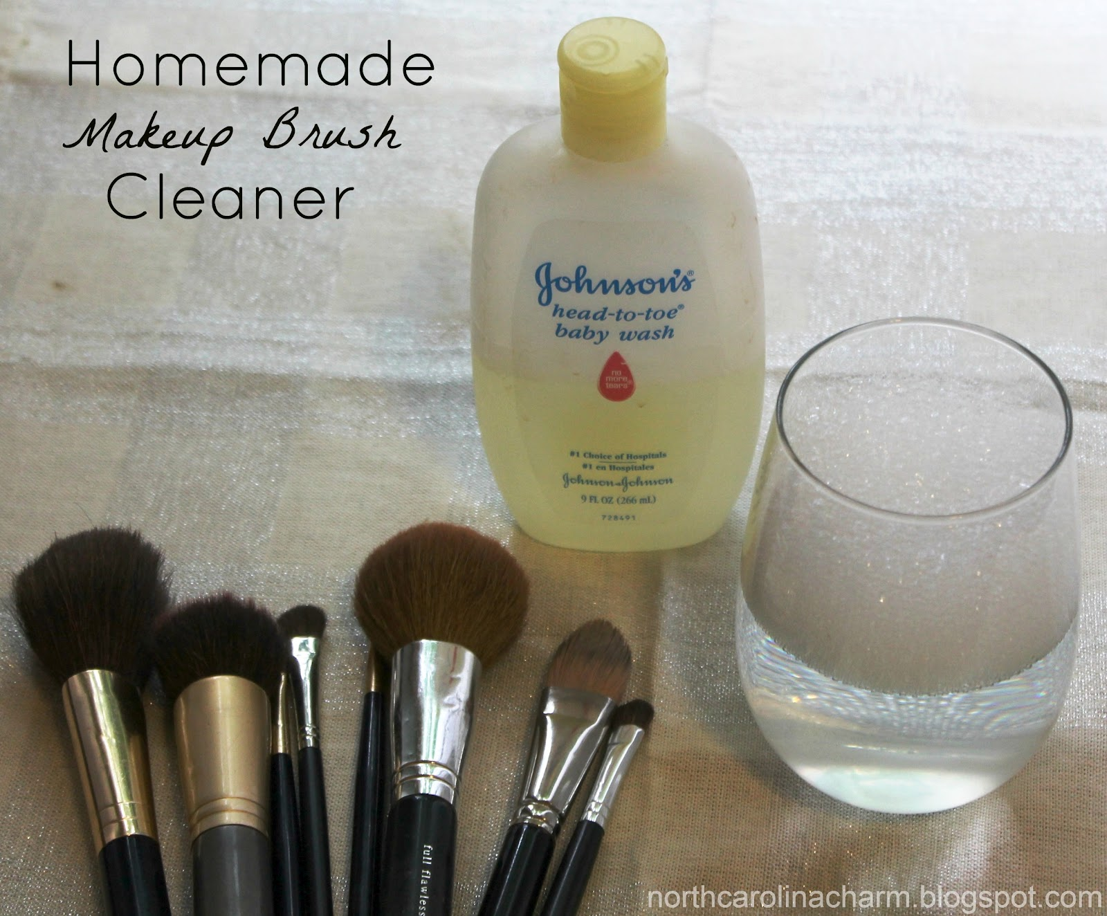 Make up brush shampoo