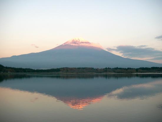 逆さ富士 赤富士