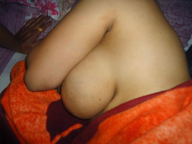 south super sexy huge breasts wife nude sleeping at home
