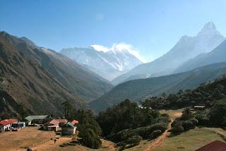 Khumbu+valley.jpg