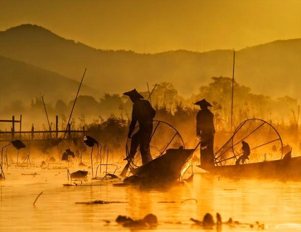 Hamni Juni fotografia pescadores contraluz silhuetas pôr nascer do sol natureza
