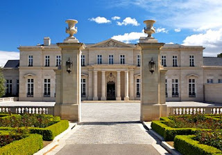 บ้านหลังใหญ่