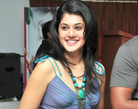 Taapsee Gives Background Voice