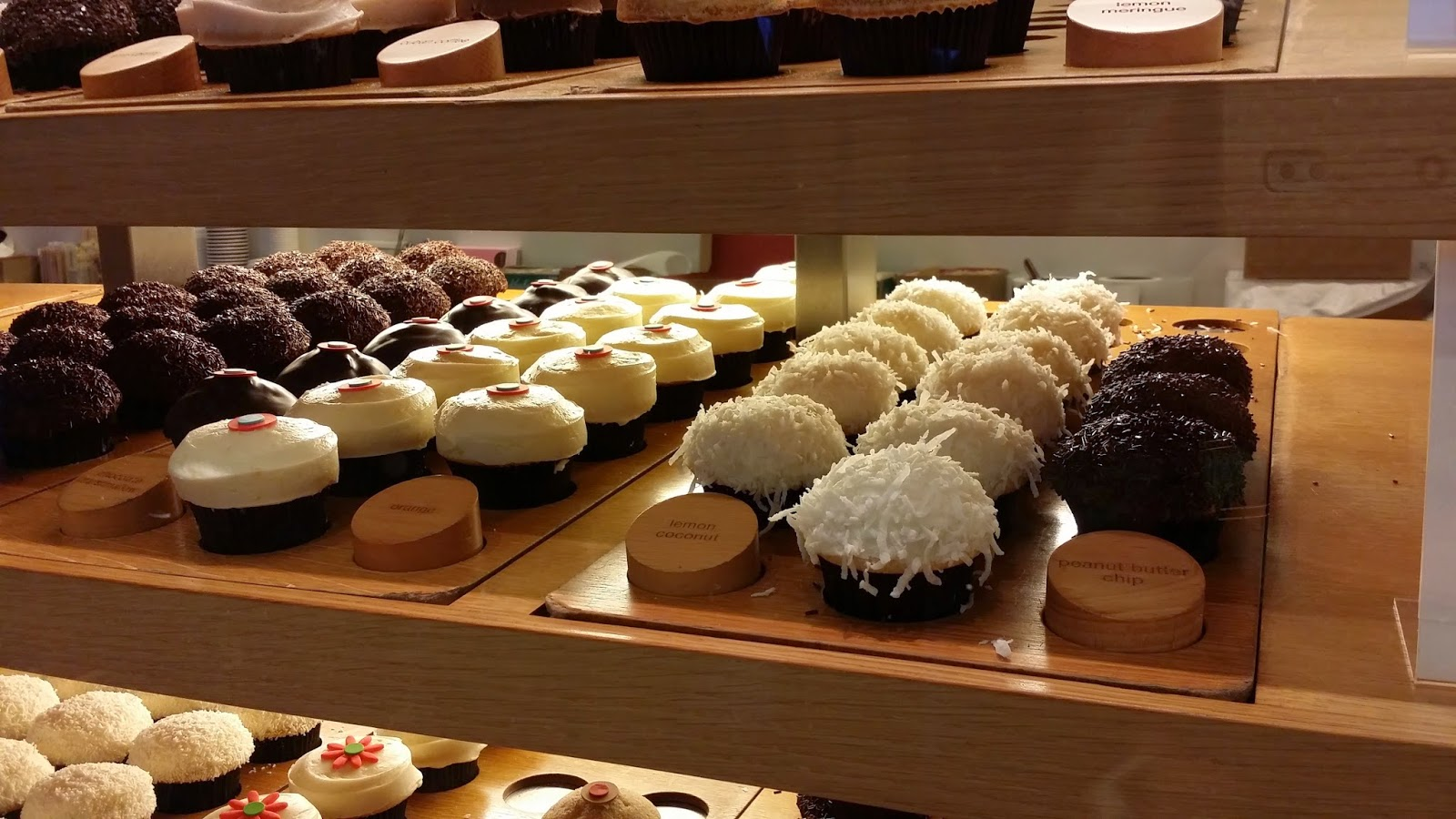 FRESH CUPCAKES ARE BASICALLY ICE CREAM'S BFF'S @ SPRINKLES CUPCAKES & ICE CREAM
