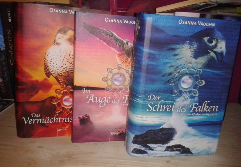http://www.amazon.de/Schrei-Falken-Das-Erbe-Runen/dp/3401029576/ref=sr_1_3?s=books&ie=UTF8&qid=1396013272&sr=1-3&keywords=Osanna+vaughn