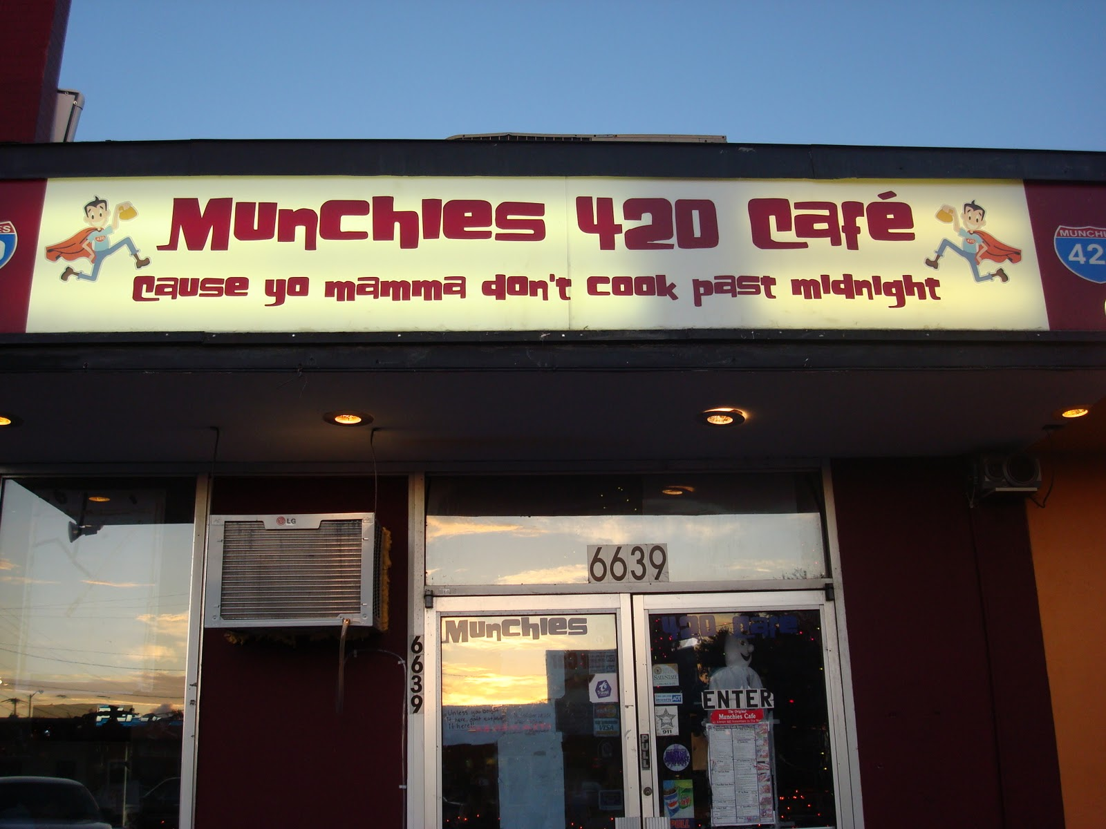 Munchies Cafe Menu