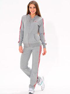 Модные женские спортивные костюмы