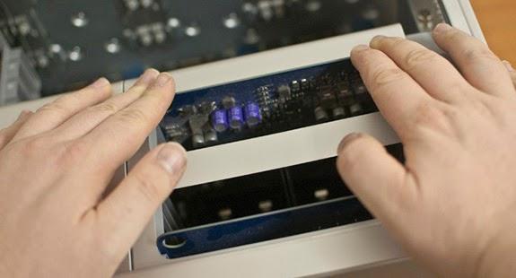 كيف تقوم بتثبيت ذاكرة RAM جديدة بجهازك
