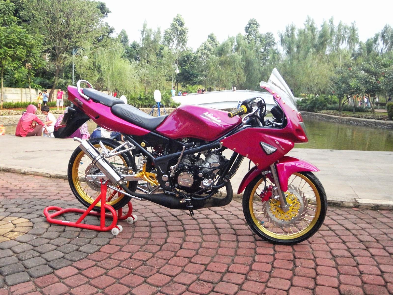 modifikasi minimalis Kawasaki Ninja 150 kadang juga di sebut ninja rr.