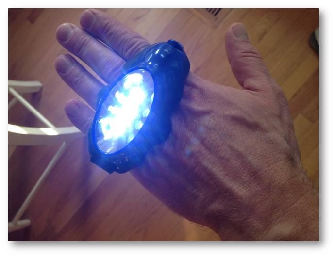 Programmable knuckle light