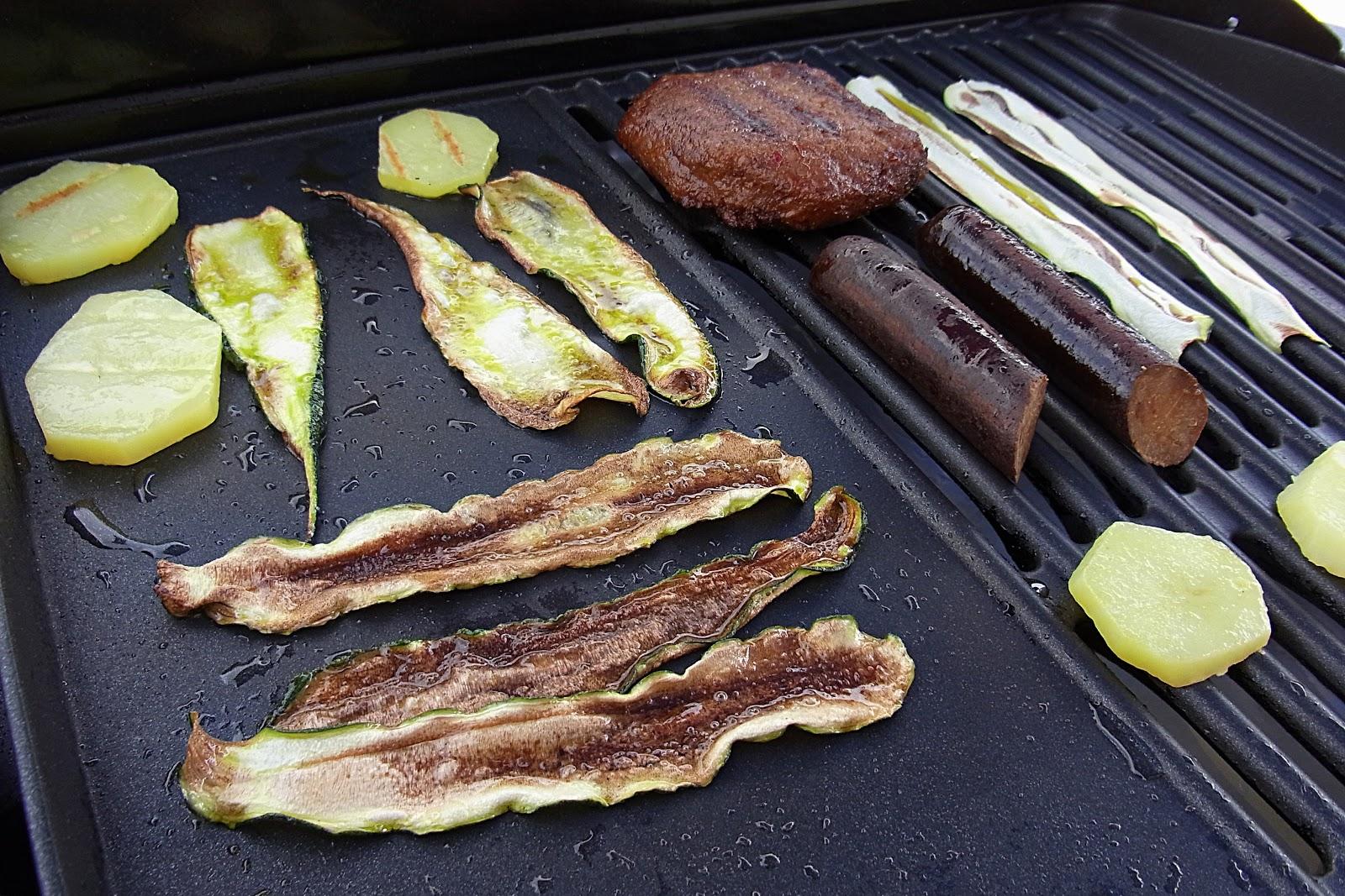 vegan grillen teil 8 fenchel zwiebeln salat. Black Bedroom Furniture Sets. Home Design Ideas