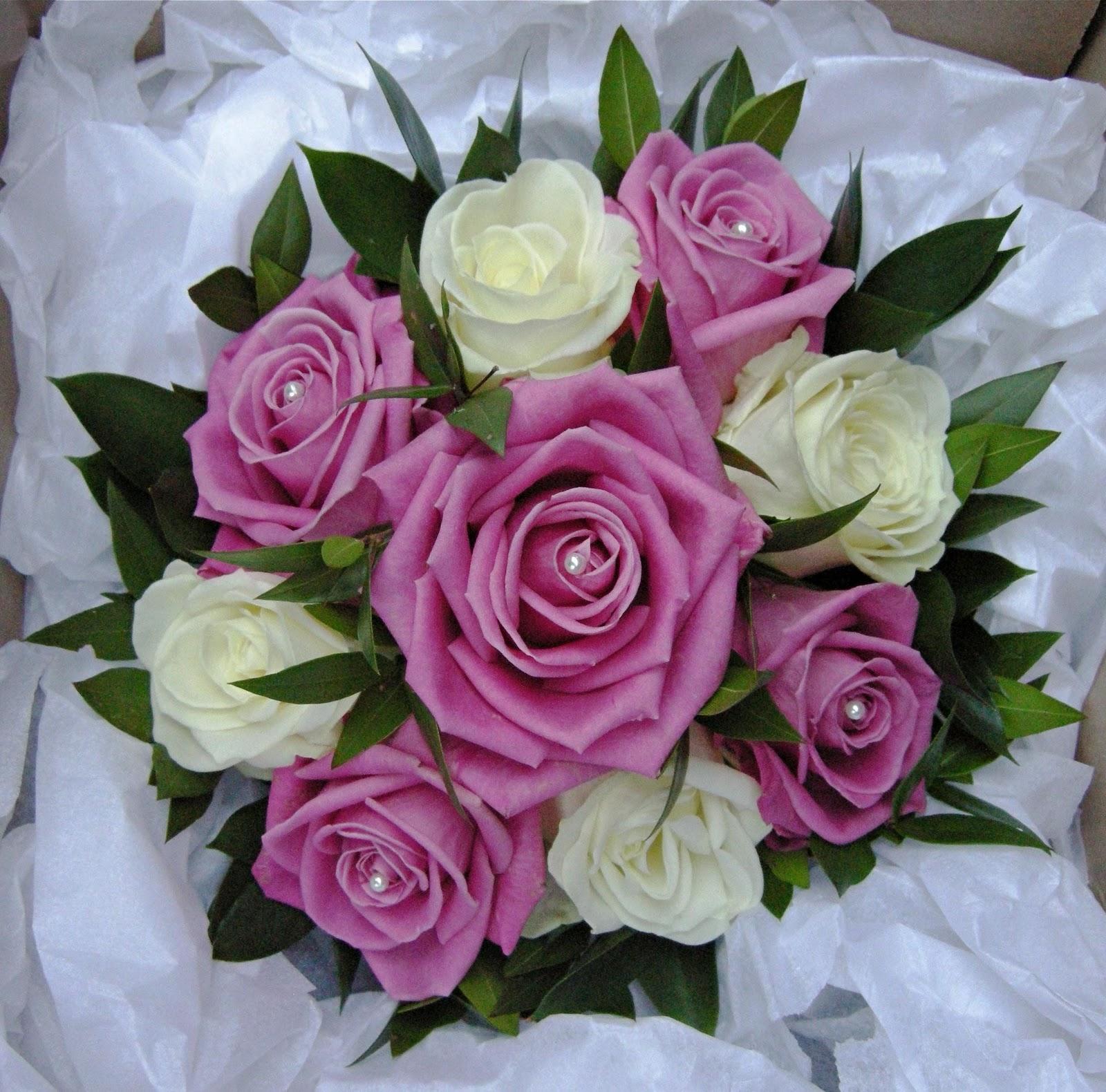Wedding Bouquets For December : Wedding flowers december