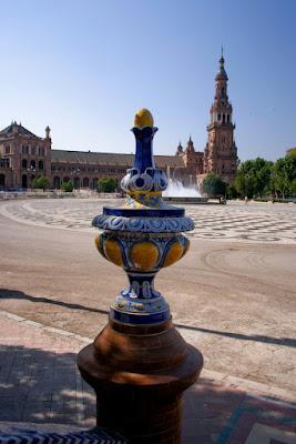 La Plaza de España (Sevilla, España), by Guillermo Aldaya / PhotoConversa