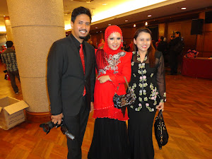 with my idol & great mentor, CDM Hanis Haizi & her husband, CDM Raz ..  :D
