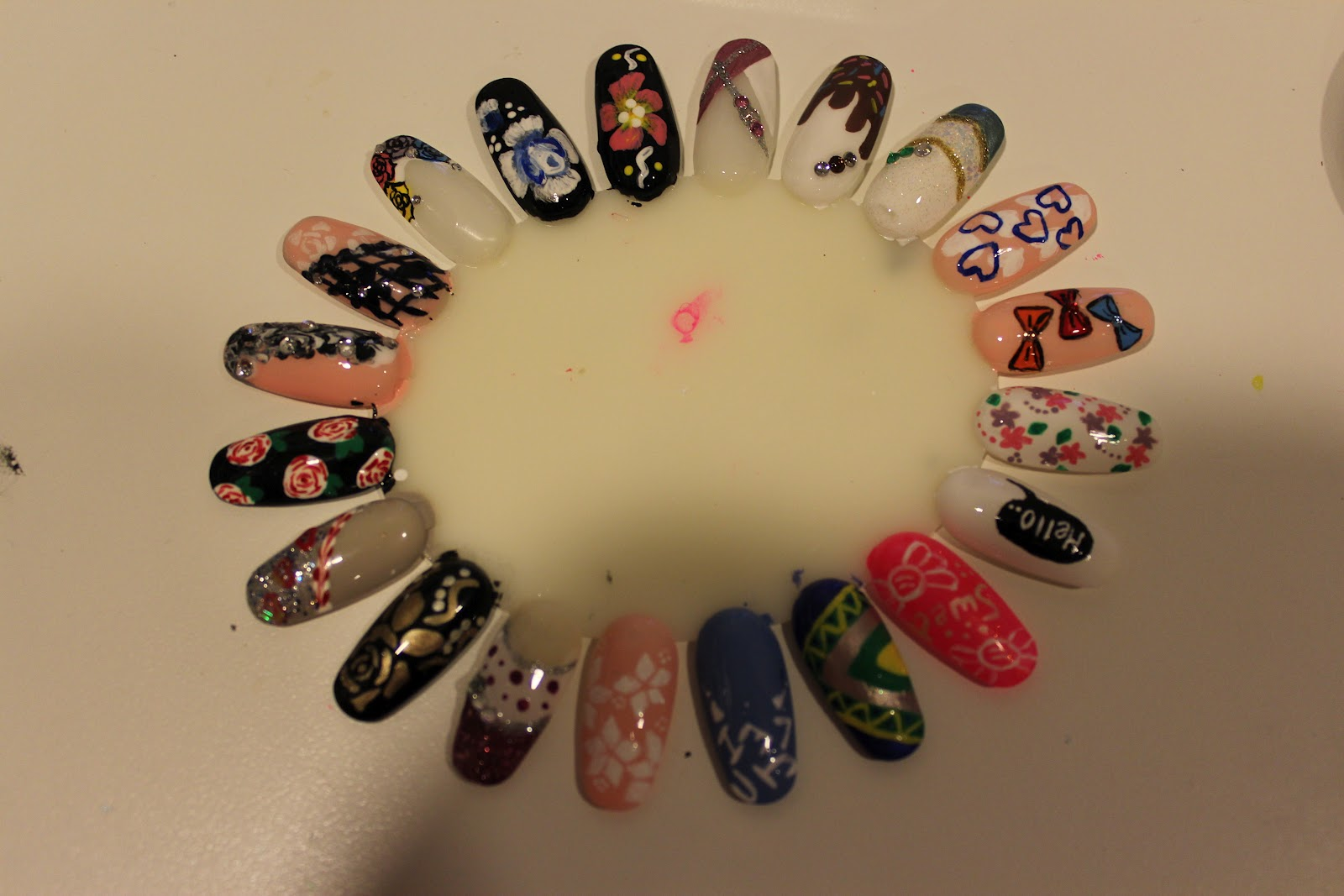 Baking Recipes and Nail Design all in one: New Nail Designs =D