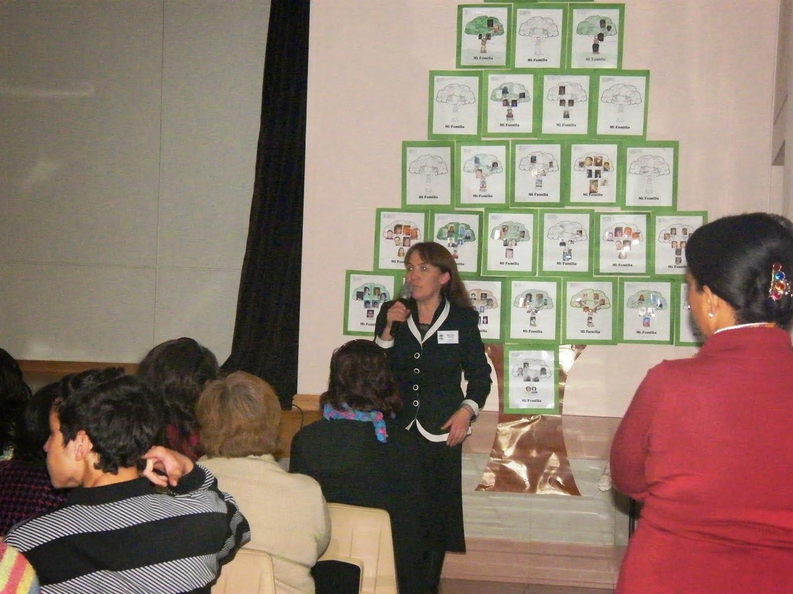 Exposicion Arboles Genealogicos de Niños