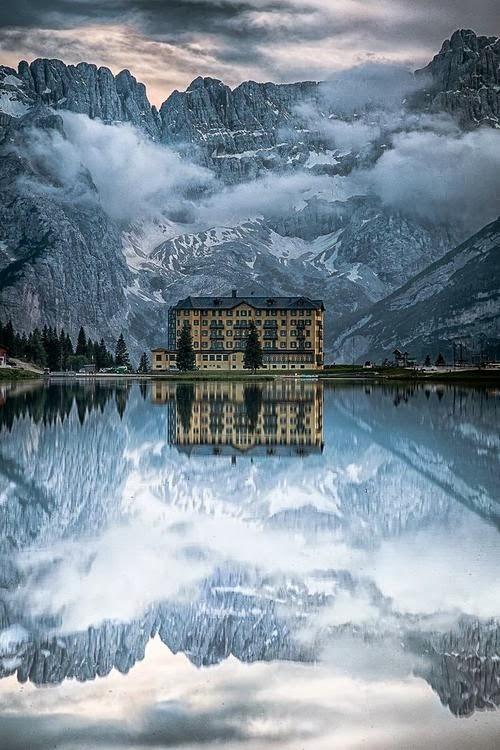 Езеро в Италия