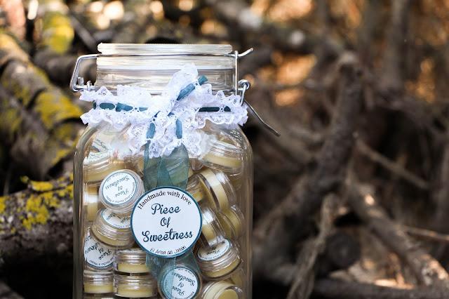 jabones personalizados para bodas balsamos labiales, sales de baño, velas mi boda gratis